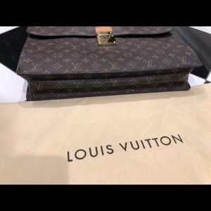 Louis Vuitton Briefcase -  laptop/tablet -